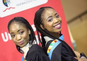 Twins graduate with Psychology Degrees